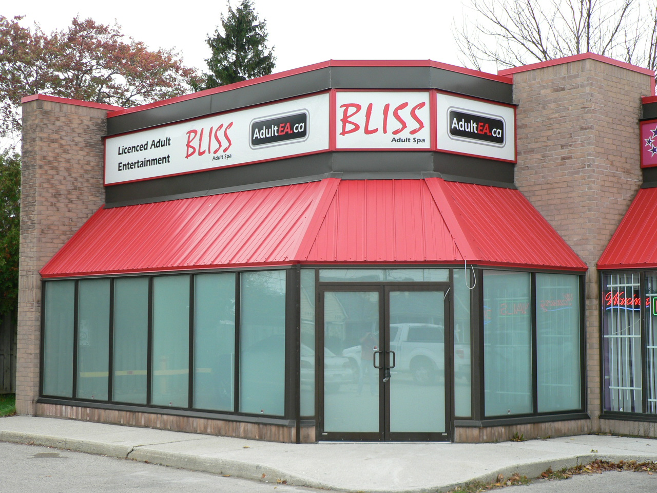 BLISS Adult Spa